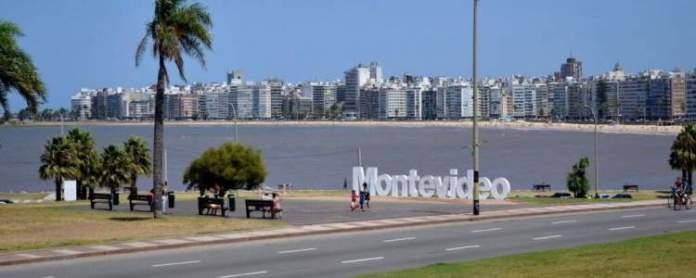Montevidéu é um dos destinos baratos para viajar no exterior