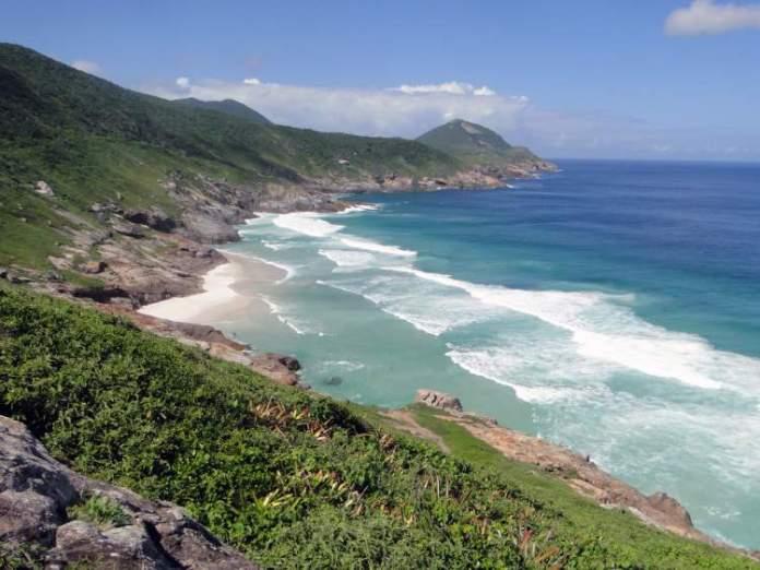 Arraial do Cabo é uma das melhores praias para lua de mel no Brasil
