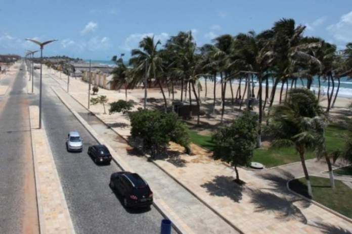 Praia Trinta e Um de Março é uma das melhores praias de Fortaleza