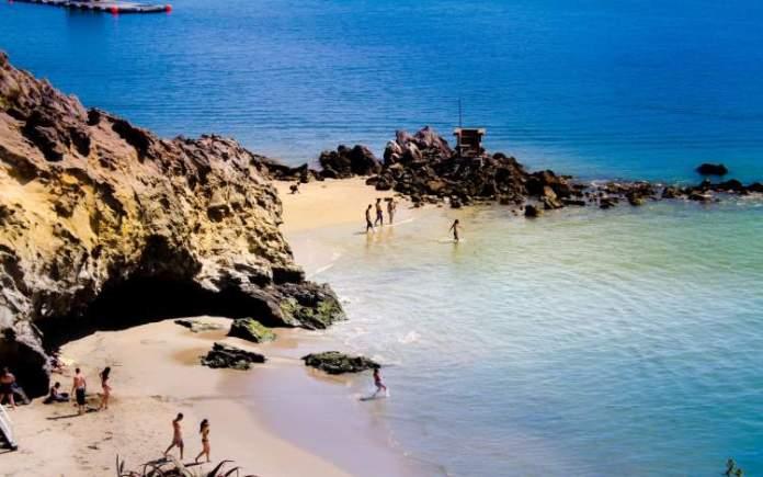 Corona Del Mar é uma das melhores praias da Califórnia