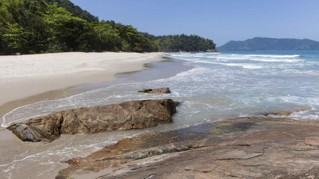 Praia Brava da Almada em Ubatuba - São Paulo