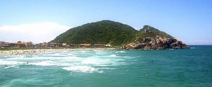 Praia da Saudade em São Francisco do Sul - Santa Catarina