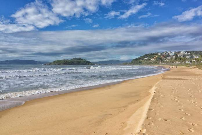 Praia Grossa em Itapema - Santa Catarina
