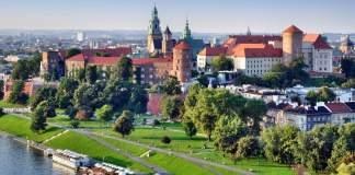 Castelo real, histórico, de Wawel em Cracóvia, Polônia