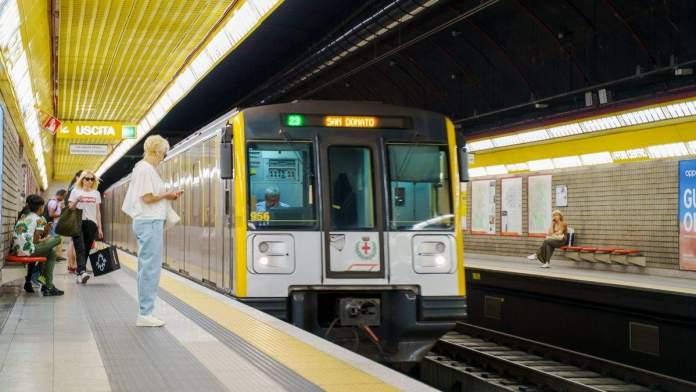 Metrô em Milão, Itália