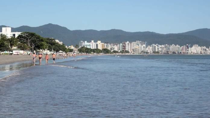 Praia do Perequê em Porto Belo - Santa Catarina