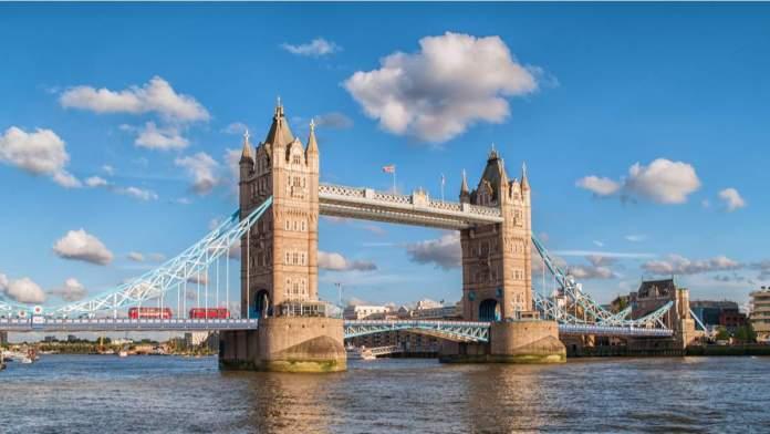 Tower Bridge é um dos pontos turísticos para visitar em Londres