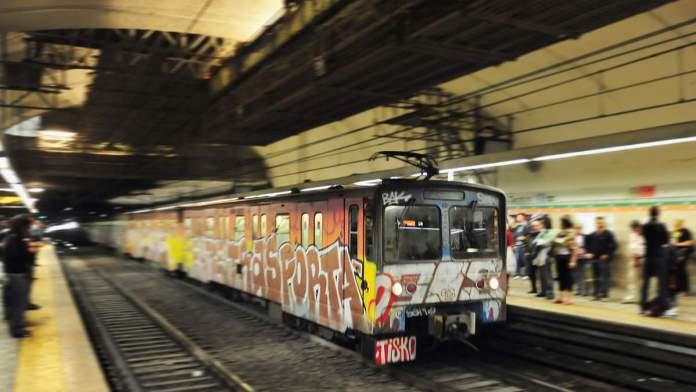 Metrô de Roma - Itália