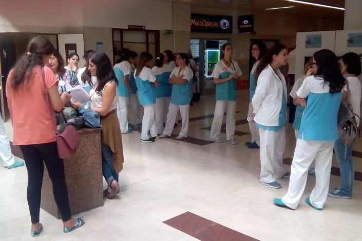 """Enfermeras/os en paro reclaman la contratación de profesionales frente a la propuesta de la Consejería de """"reclutar voluntariado"""""""
