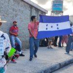 Hondureños anuncian tercera caravana migrante de 2020