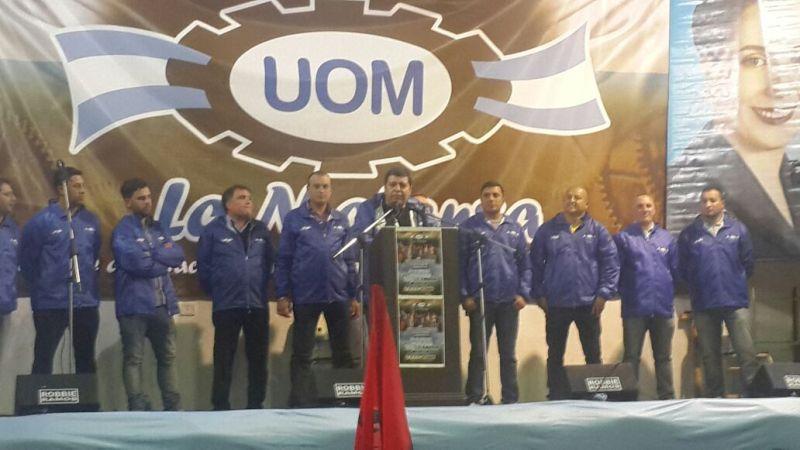 """Metalúrgicos denunciaron que Acindar """"extorsiona a los trabajadores para que acepten suspensiones"""""""