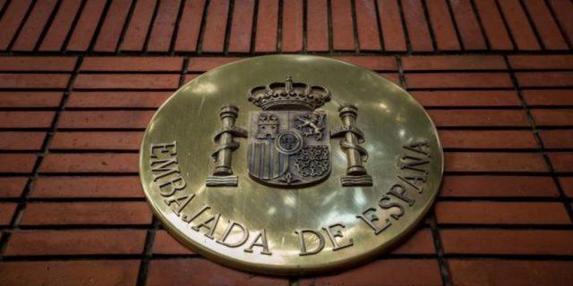 Licencia para matar… Desde la embajada de España – La otra Andalucía