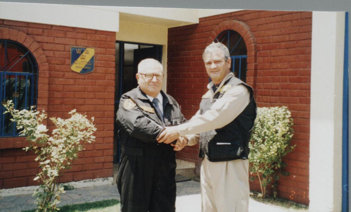 Firma de Hermandad, 04 de Noviembre de 2005, Directores Dn. Edmundo Pardo ?Bomba Italo Chilena ? Manuel Rodríguez? y Dn. Mauricio León