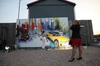 sprayer-girl Kia-stonic-Graffiti