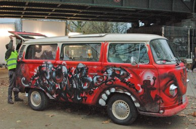 VW Bus Bulli T3, Iron Sky movie 2010