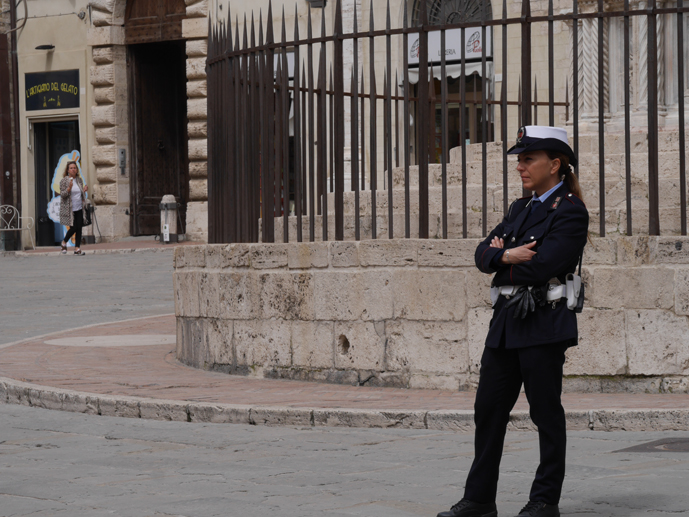 Police woman Perugia 2018 © Ulf Bankowsky