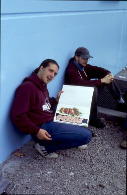 Cantwo & Daim at the blue wall @ Paris Gare du Nord 1994