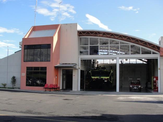 Aeropuerto Tobias Bolanos