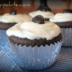 Chocolate Fudge Jr. Mint Centered Cupcakes