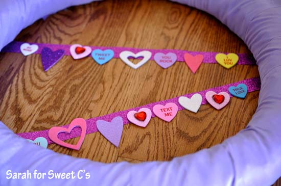 Flirty Pennant Banner Wreath 4