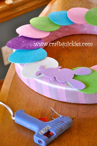 Hippity Hop Simple Easter Wreaths from Craft Quickies 4