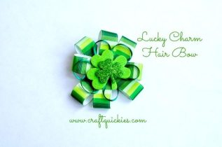Lucky Charm Hair Bow from Craft Quickies