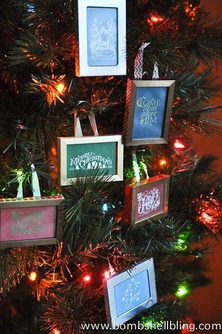 Free printables for simple framed Christmas ornaments!