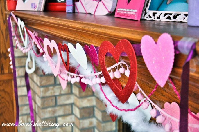 Valentine Mantel-14