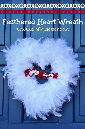 #Valentines-Day-Feathered-Heart-Wreath-2