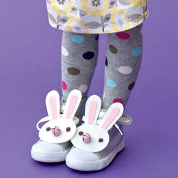 +lucky-rabbit-feet-craft-photo-260-FF0411CREAT_A14