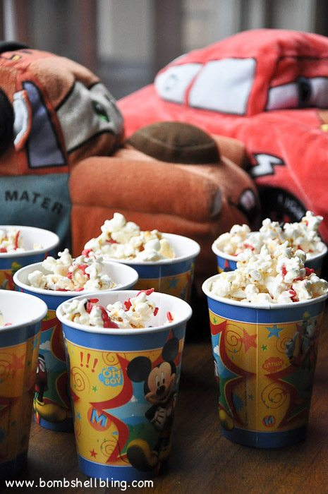 I love this cute Mickey Mouse inspired popcorn! Perfect for a Disney Party!!