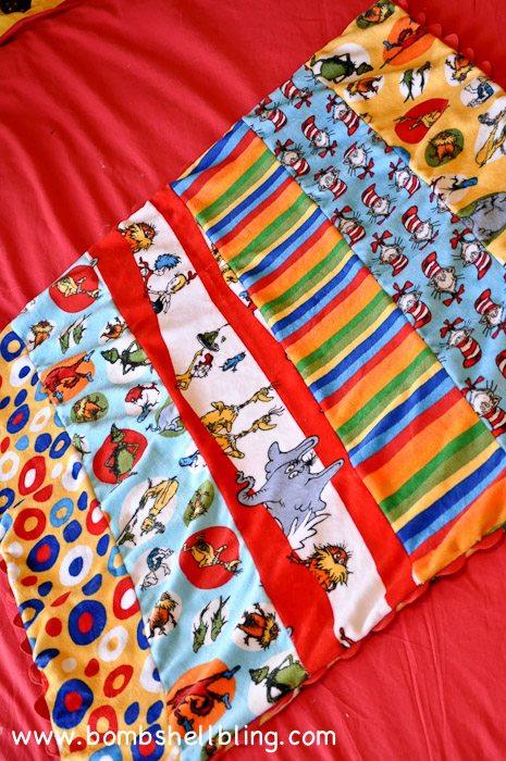 Dr Seuss Cuddle Blanket-19