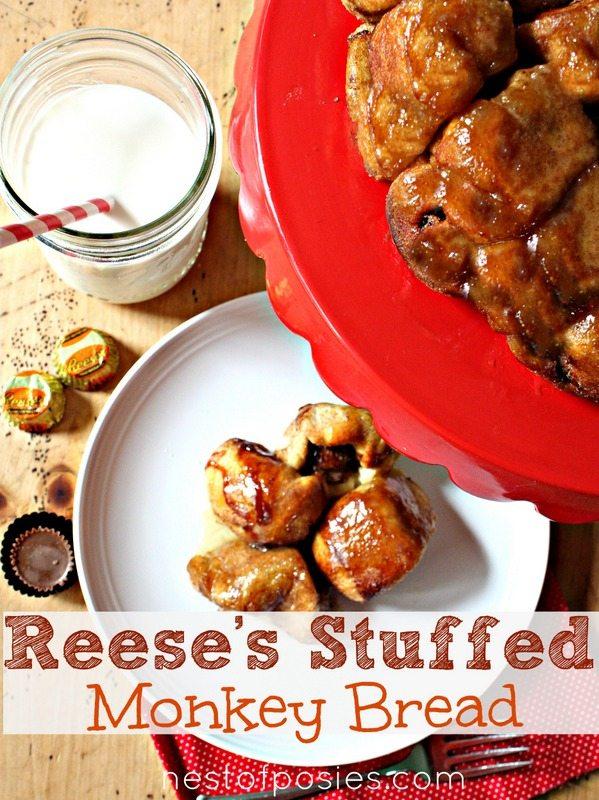 KReeses-Stuffed-Monkey-Bread1