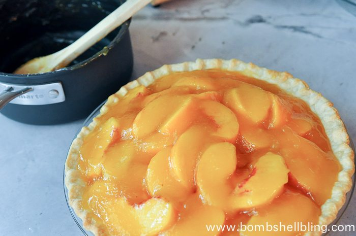 This fresh peach pie recipe is simple and sure to impress. Make it during the summer with ripe, flavorful peaches for an amazing dessert!