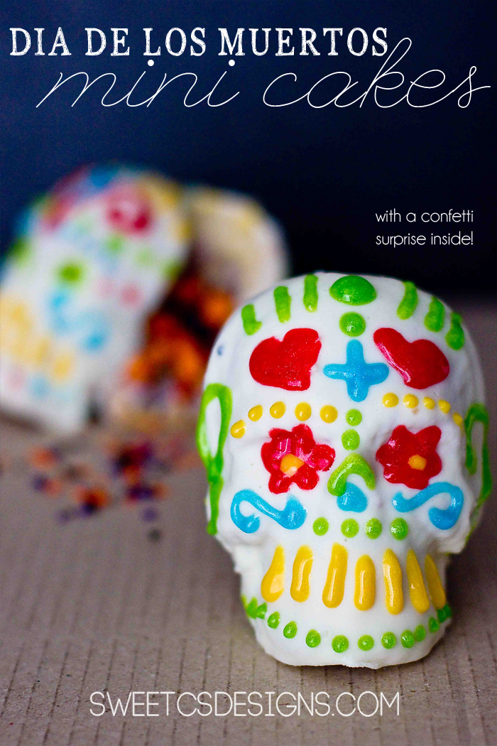 @dia-di-los-muertos-mini-cakes-with-sprinkle-surprise-inside
