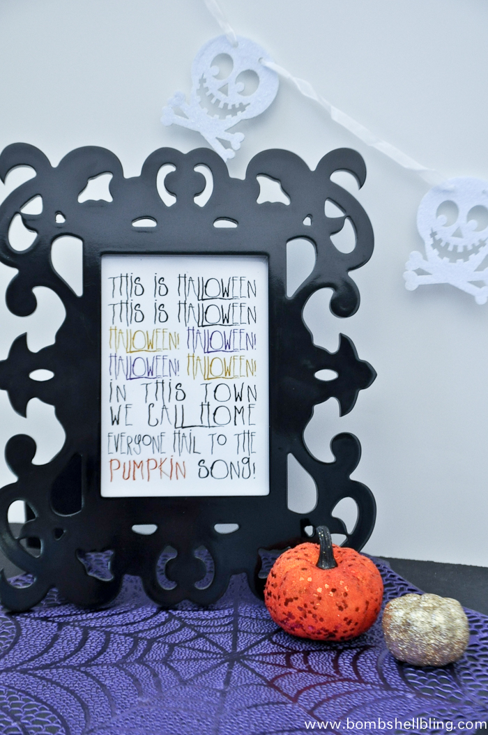 Eeek!!!! Free printable for all of the Jack Skellington and The Nightmare Before Christmas fans out there!