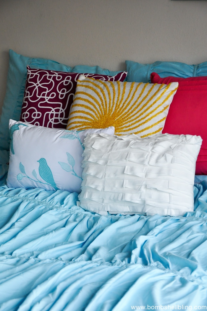 Throw pillows are the perfect way to bring pop of color into a room!