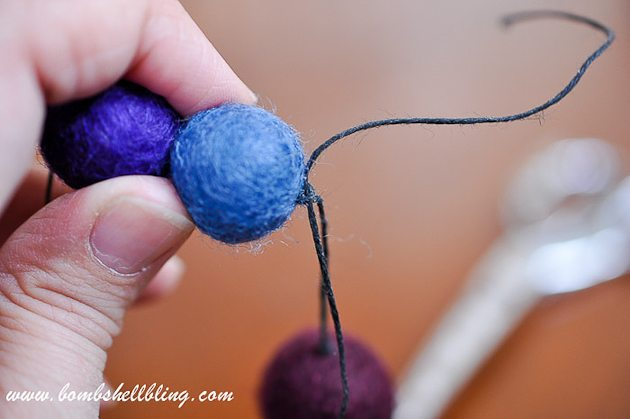 Felt Ball Statement Necklace-15
