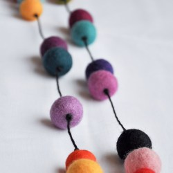Colorful Felt Ball Necklace Tutorial