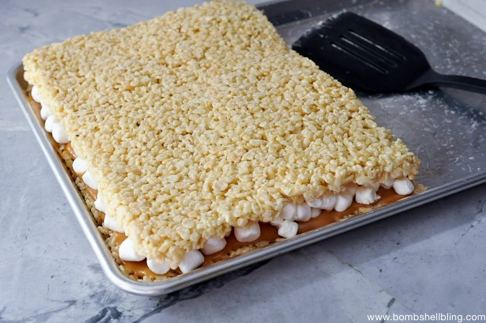 Caramel Rice Krispie Treat Sandwiches-8