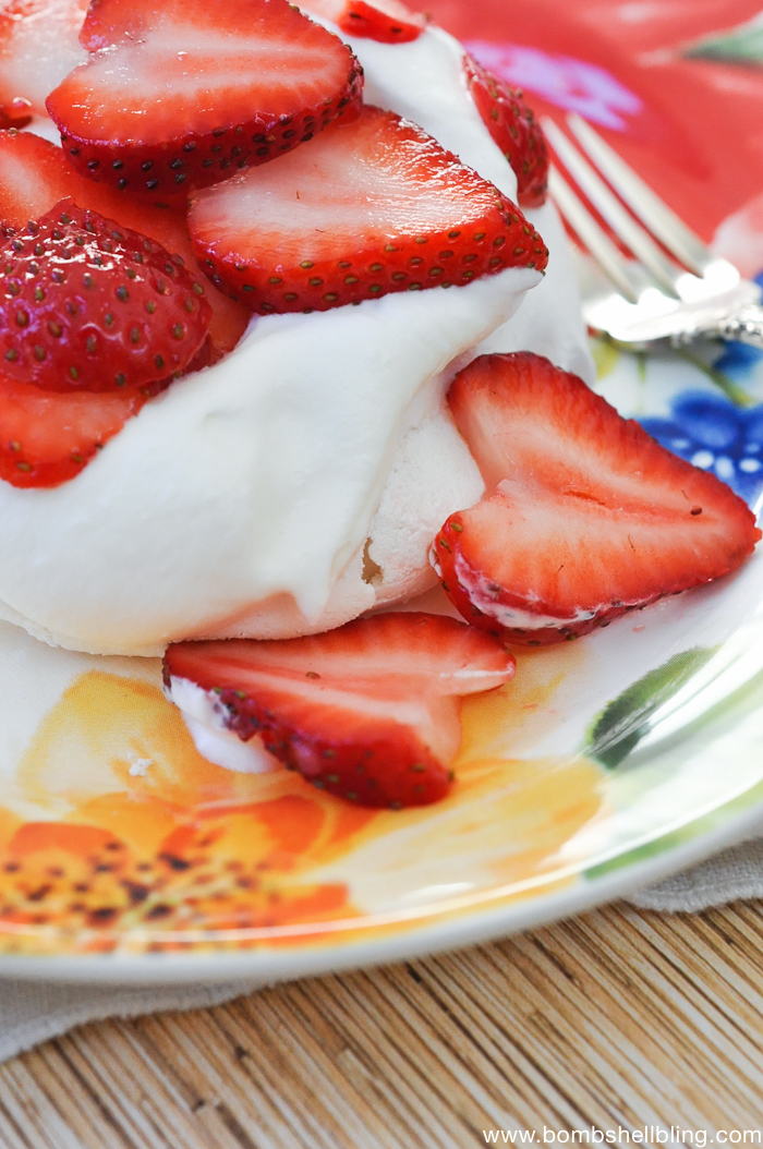 Make an individual serving pavlova for your guests using this straightforward recipe. This dessert is perfect for company, yet diet friendly!