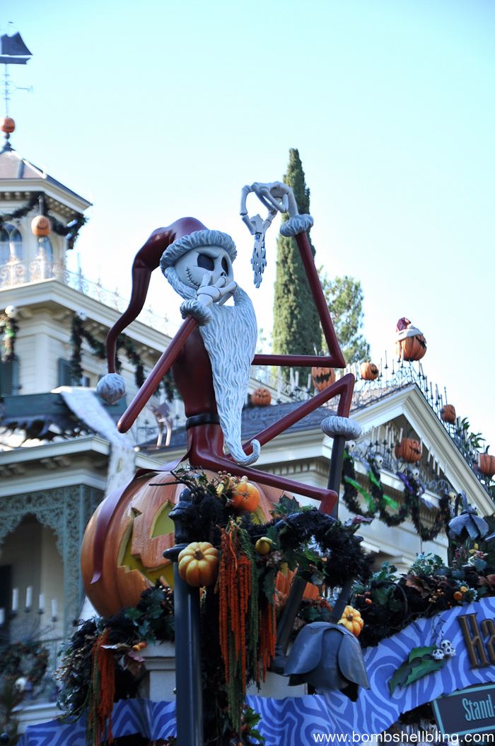 Why I love Mickey's Halloween Party-2