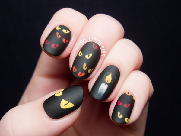 20 frightfull fab halloween nail art tutorials spooky eyes candle nail art 1 prinsesfo Gallery