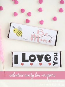 Free printable valentine candy bar wrappers. 2 designs.