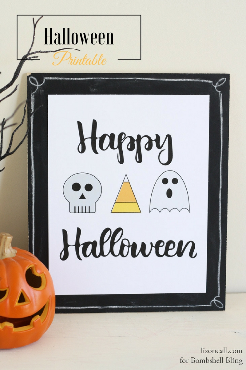 Hand lettered Happy Halloween free printable. A fun addition to your Halloween decor.