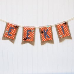 EEK! DIY Halloween Garland – Free Sewing Pattern