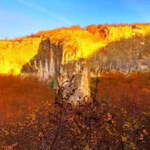 lovech-provence-mountains