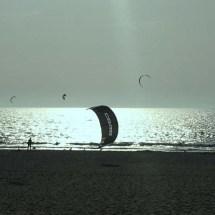 Guincho Kite Surfer Down2