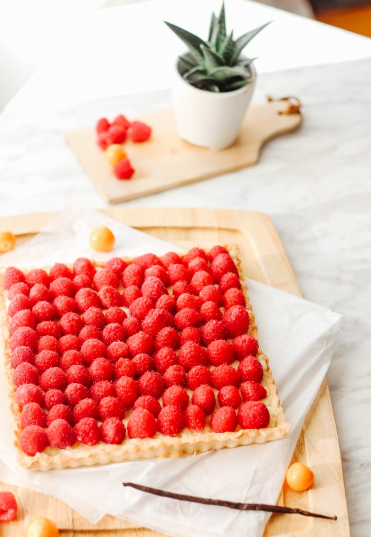 How To Prepare An Elegant Raspberry Tart