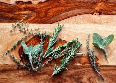 slow-cooker-sourdough-herb-stuffing-recipe5-700x500